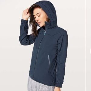 Lululemon Here to Move Rain Jacket sz 2 Waterproof
